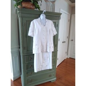 Carissimo White Embroidered & beaded Skirt Suit 18